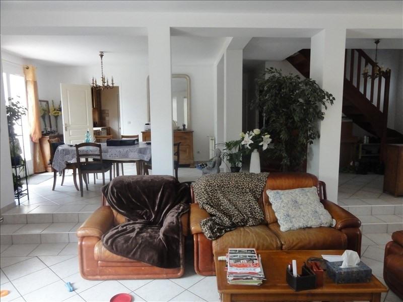Sale house / villa Montfort l amaury 560000€ - Picture 4