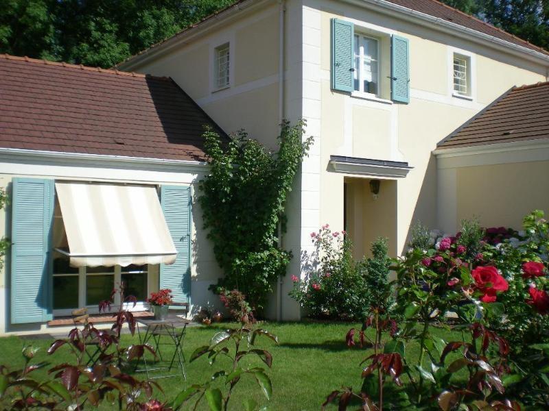 Location maison / villa Magny-le-hongre 2400€ CC - Photo 7