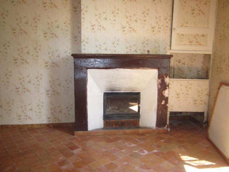 Sale house / villa Chateauneuf sur charente 105000€ - Picture 5
