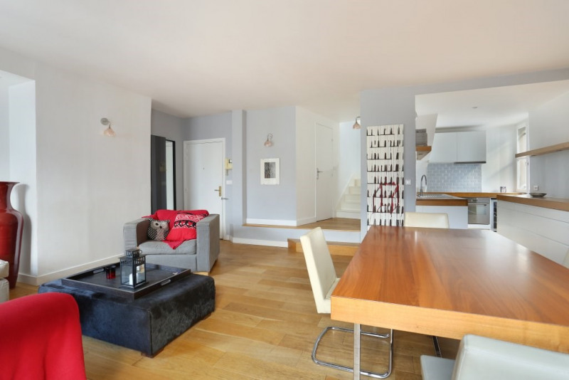 Aрендa квартирa Paris 3ème 3400€ CC - Фото 3