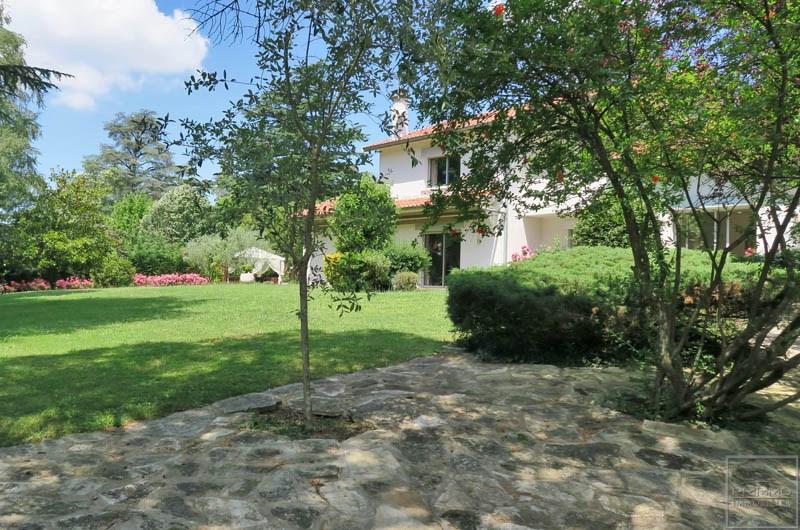 Deluxe sale house / villa Saint cyr au mont d'or 1250000€ - Picture 2
