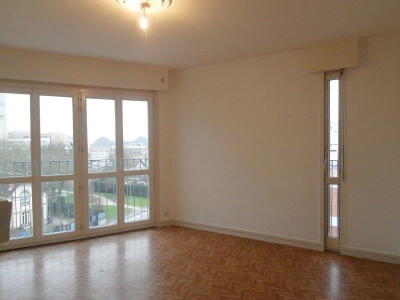 Rental apartment Saint andre les vergers 498€ CC - Picture 1