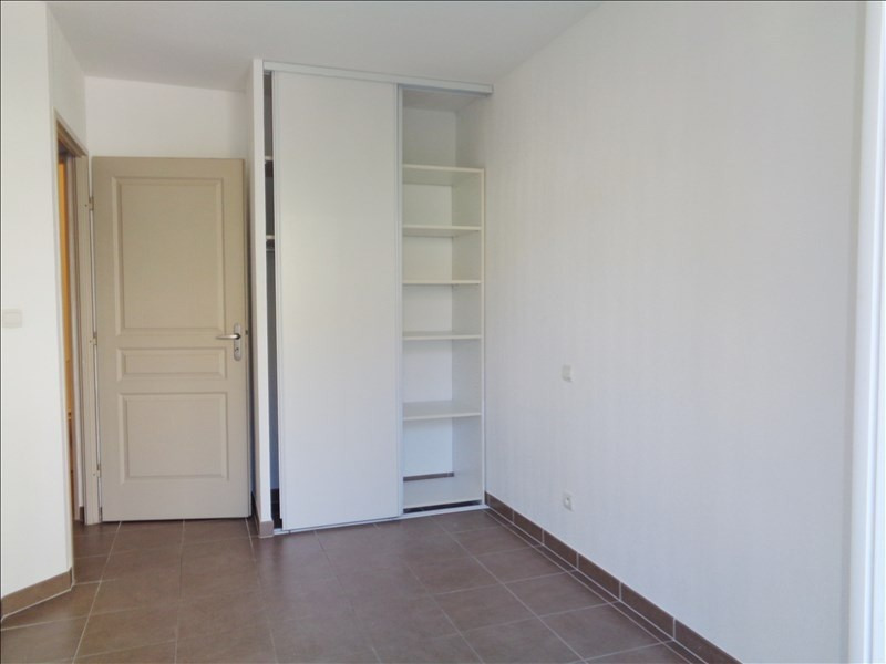 Location appartement Seyne sur mer 595€ CC - Photo 6