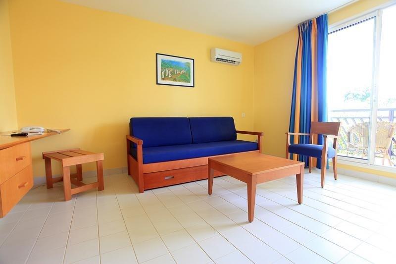Sale apartment St francois 170500€ - Picture 5