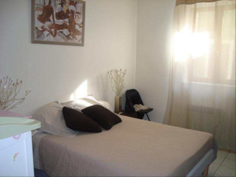 Location appartement Saint savournin 610€ CC - Photo 2