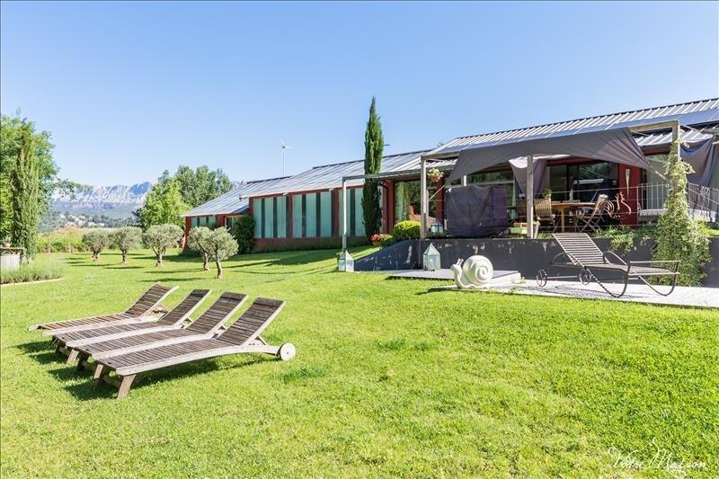 Deluxe sale house / villa Rousset 695000€ - Picture 5