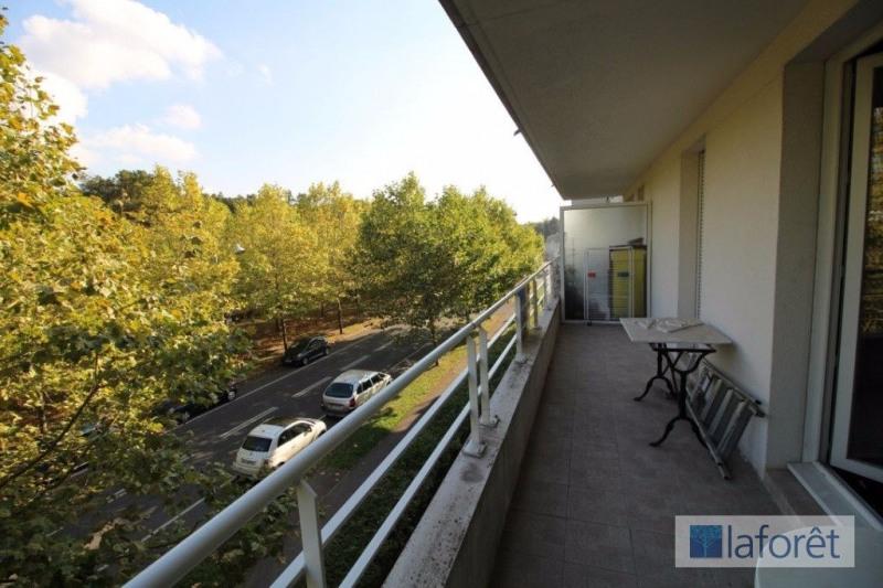 Vente appartement 2 pièces SainteGenevièvedesBois  ~ Vente Appartement Sainte Genevieve Des Bois