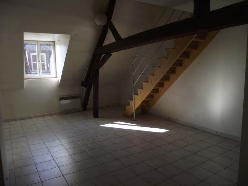 Location appartement Auxerre 468€ CC - Photo 1
