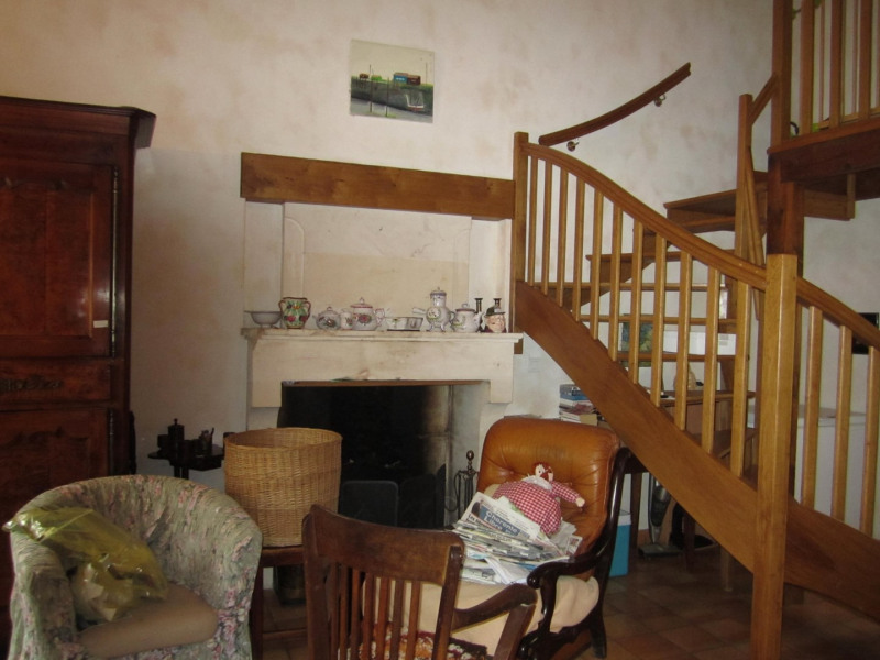 Sale house / villa Barbezieux saint- hilaire 126 000€ - Picture 4