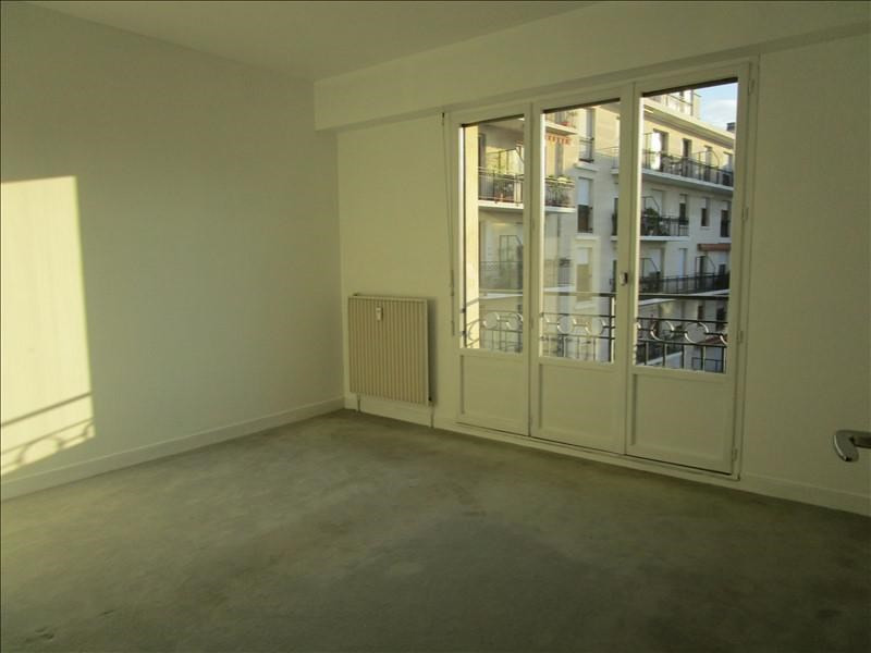 Rental apartment Quartier revolution 830€ CC - Picture 8