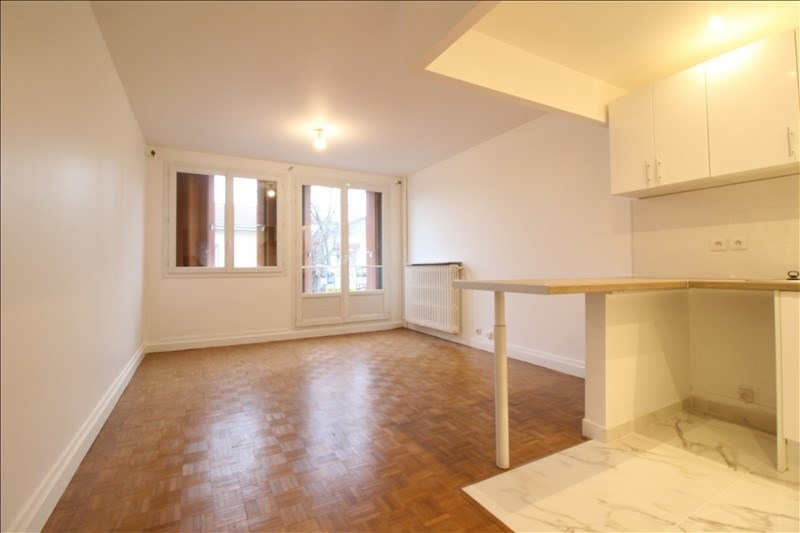 Rental apartment Maisons alfort 1185€ CC - Picture 1