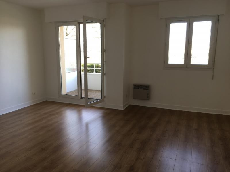Location appartement Triel sur seine 580€ CC - Photo 3