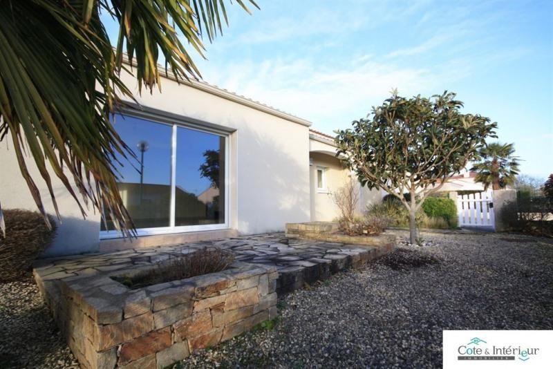 Sale house / villa Chateau d olonne 440000€ - Picture 1