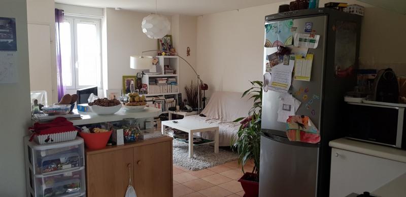 Rental house / villa Saint-morillon 615€ CC - Picture 6
