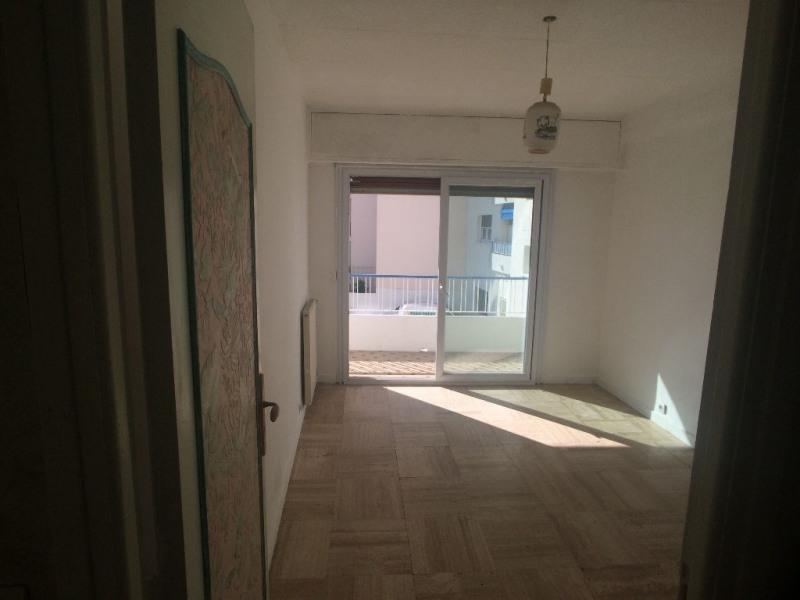 Vendita appartamento Cagnes sur mer 230000€ - Fotografia 4