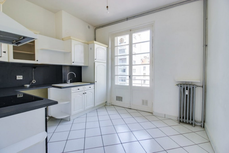 Sale apartment Lyon 6ème 550 000€ - Picture 4
