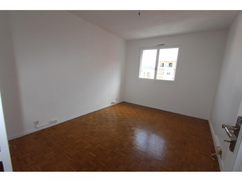 Rental apartment Nice 1 250€ CC - Picture 4