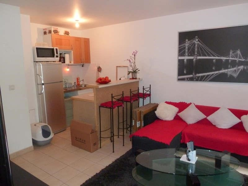 Sale apartment Carrieres sous poissy 130380€ - Picture 2