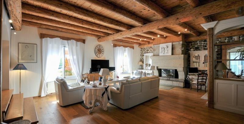 Deluxe sale house / villa Vetraz monthoux 1260000€ - Picture 2