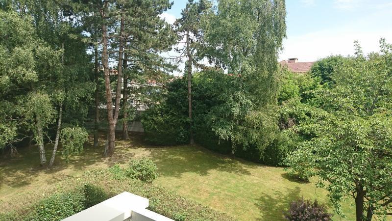 Sale apartment Bois d arcy 245000€ - Picture 1