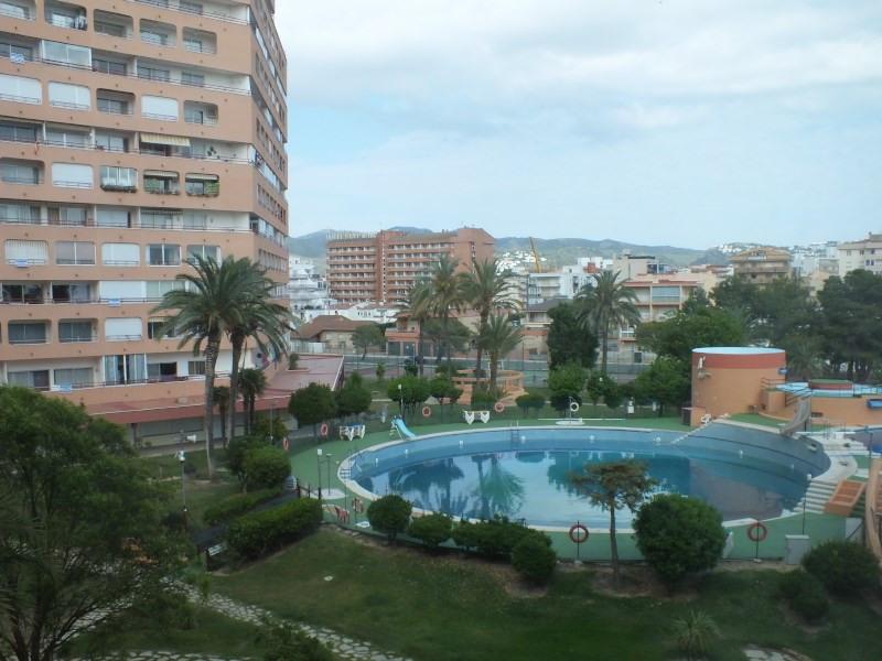 Vacation rental apartment Rosas-santa margarita 464€ - Picture 1