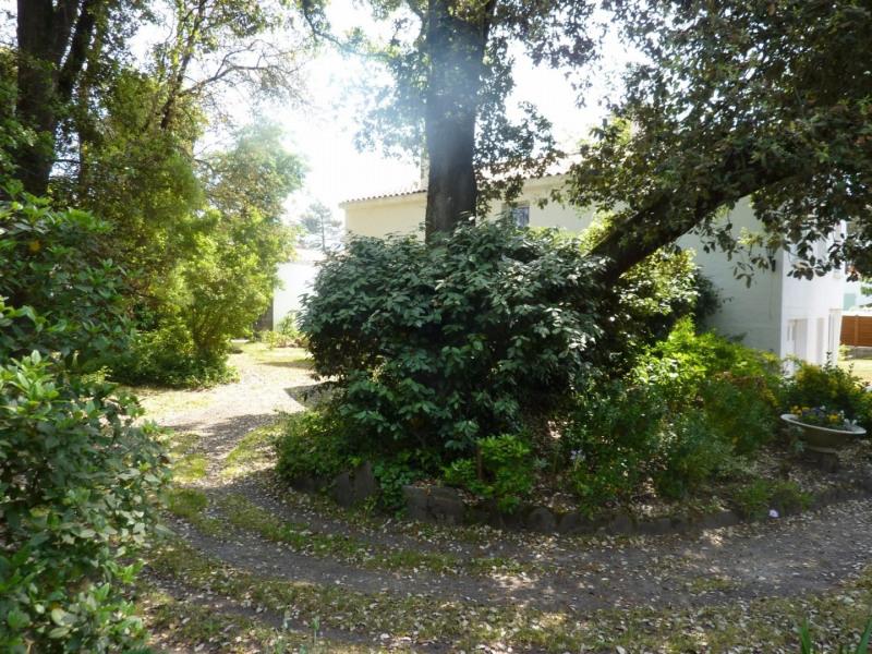 Deluxe sale house / villa Chateau d olonne 598700€ - Picture 9