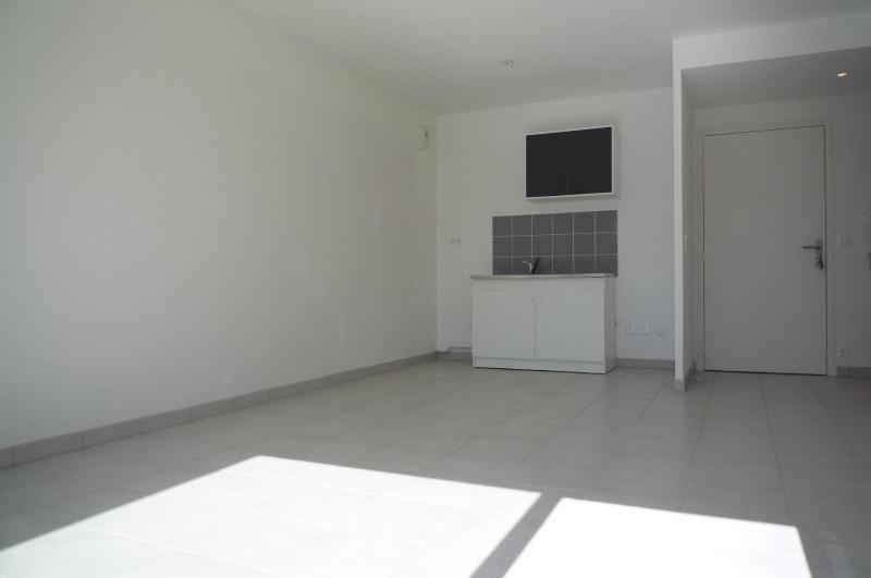 Location appartement Chevigny saint sauveur 549€ CC - Photo 5