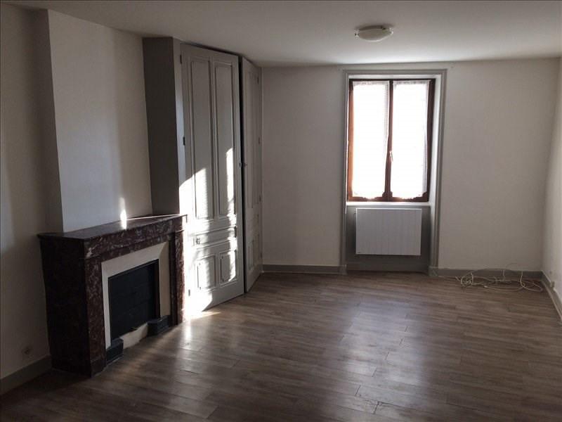 Rental apartment St forgeux 240€ CC - Picture 1