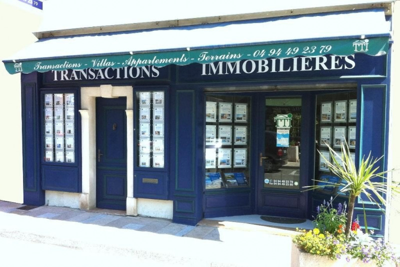 Vente local commercial Ste maxime 430 000€ - Photo 1