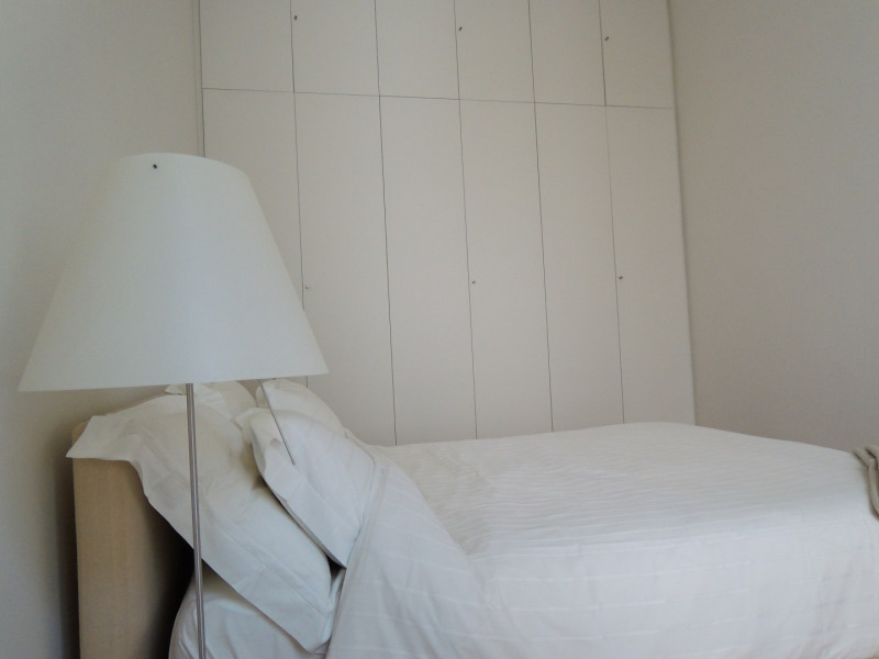 Rental apartment Paris 8ème 3 692€ CC - Picture 1