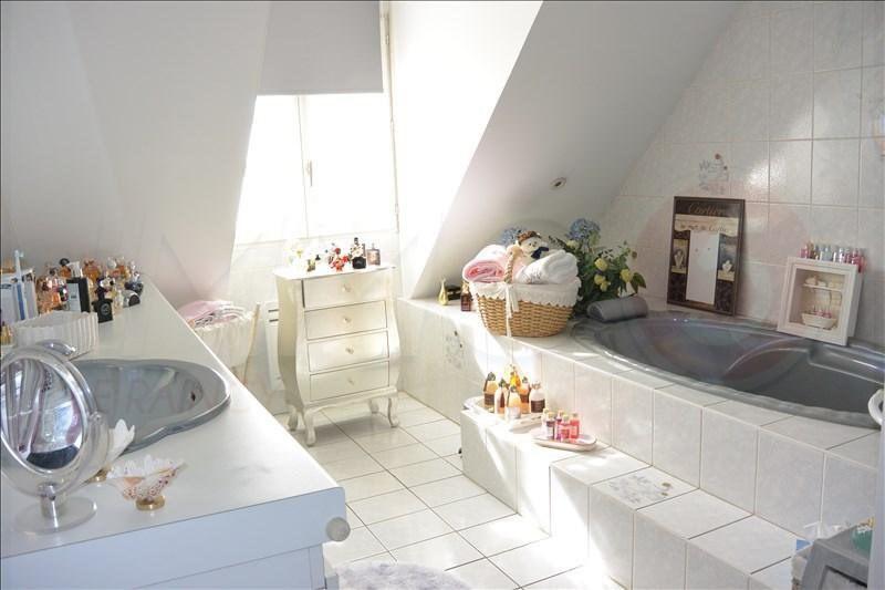 Sale house / villa Livry-gargan 385000€ - Picture 10