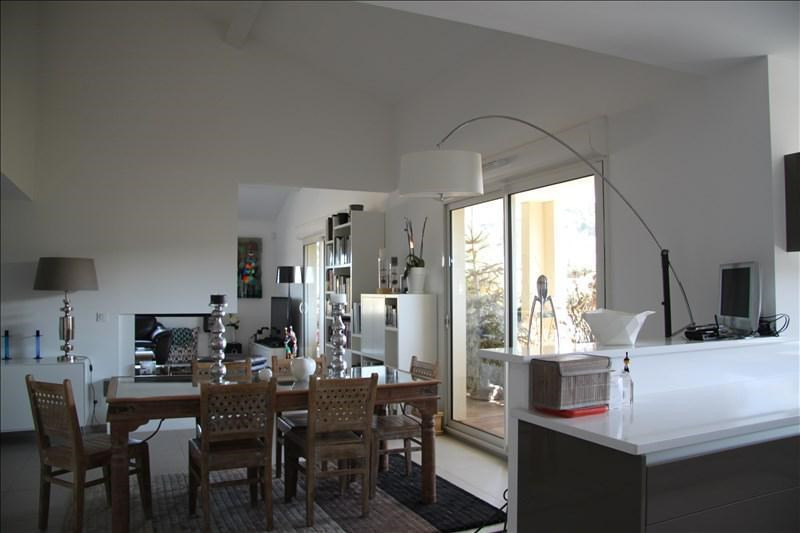 Vente de prestige appartement Bouc bel air 895000€ - Photo 3