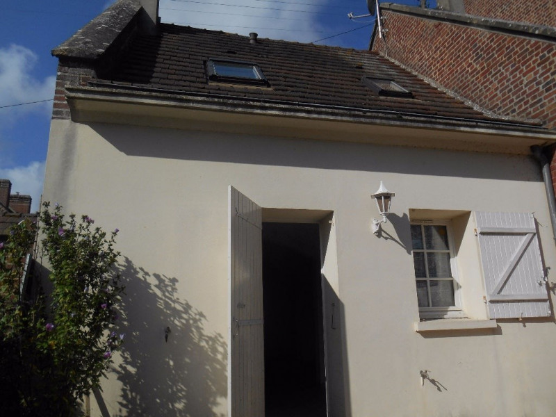 Sale house / villa Breteuil  - Picture 1