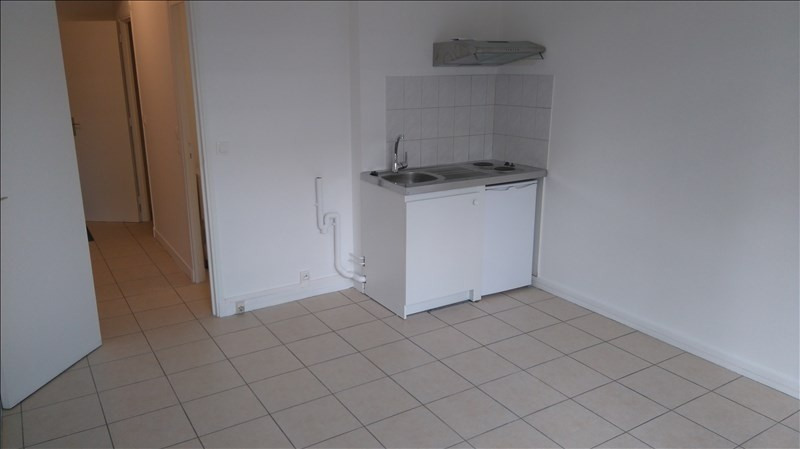 Location appartement Le chesnay 603€ CC - Photo 3