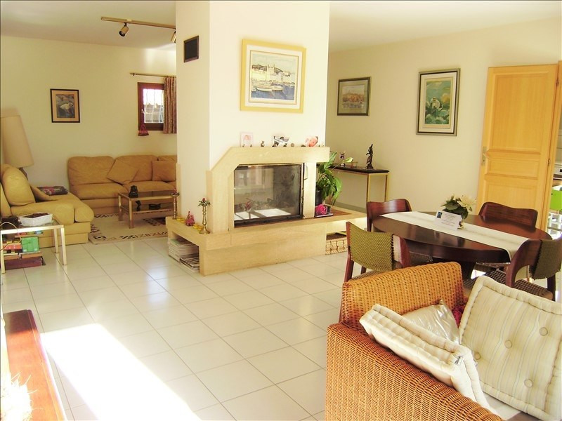 Sale house / villa Pelissanne 435 000€ - Picture 4