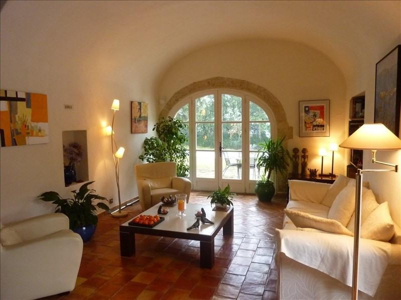 Deluxe sale house / villa St cannat 1040000€ - Picture 2