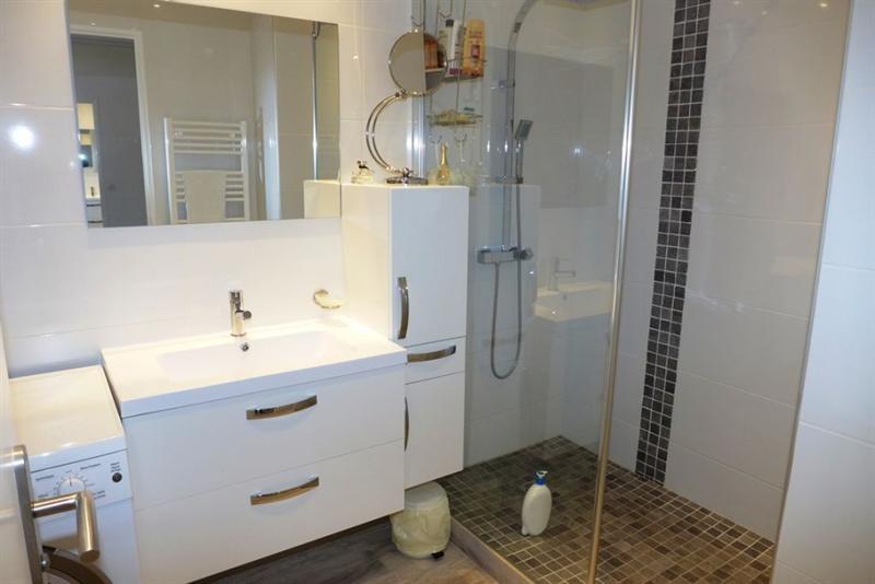 Sale apartment Juan les pins 350000€ - Picture 4