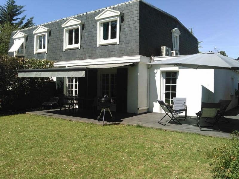 Sale house / villa Lesigny 378000€ - Picture 1