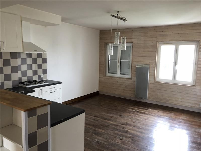 Sale apartment Royan 128000€ - Picture 1