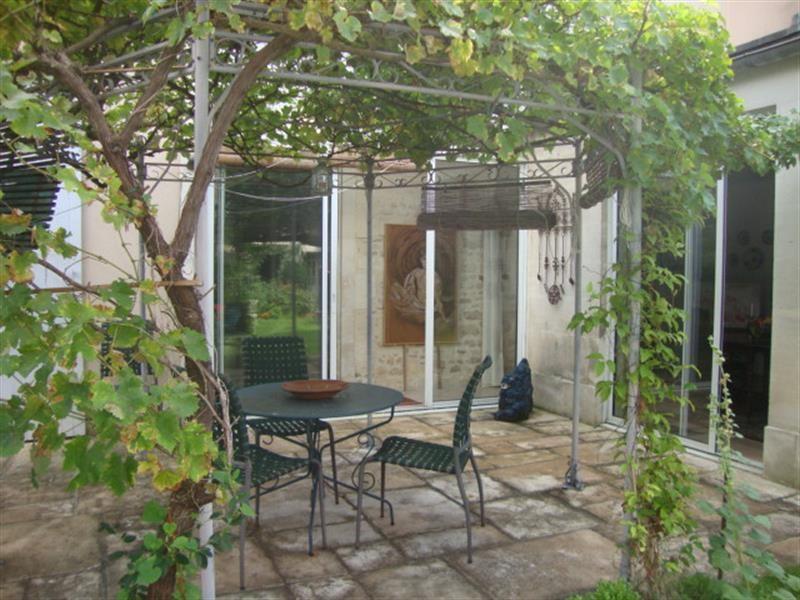 Vente maison / villa Saint-jean-d'angély 327050€ - Photo 5