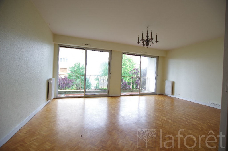 Sale apartment Cholet 118 960€ - Picture 1