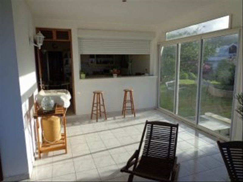 Investment property house / villa St claude 501 975€ - Picture 6