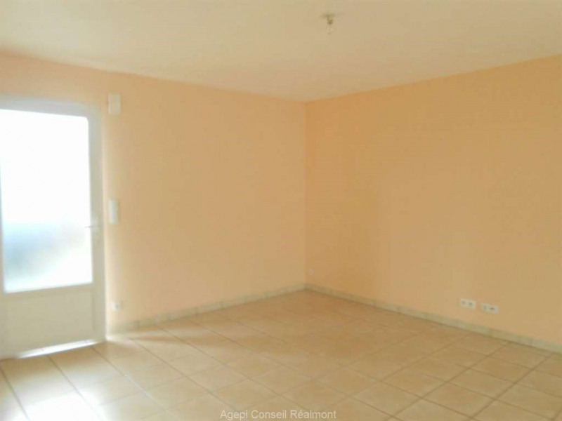 Location maison / villa Realmont 650€ CC - Photo 4