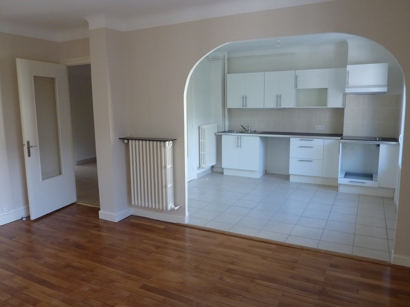 Location appartement Aix les bains 890€ CC - Photo 1