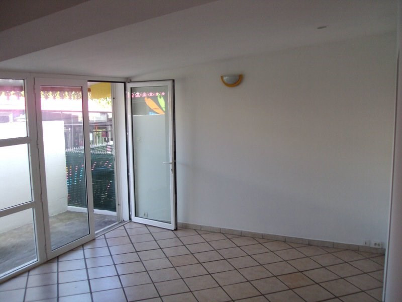 Rental apartment Ravine des cabris 520€ CC - Picture 1