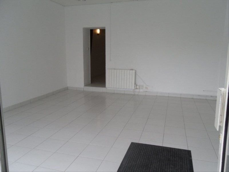 Location local commercial Liancourt 583€ HT/HC - Photo 2