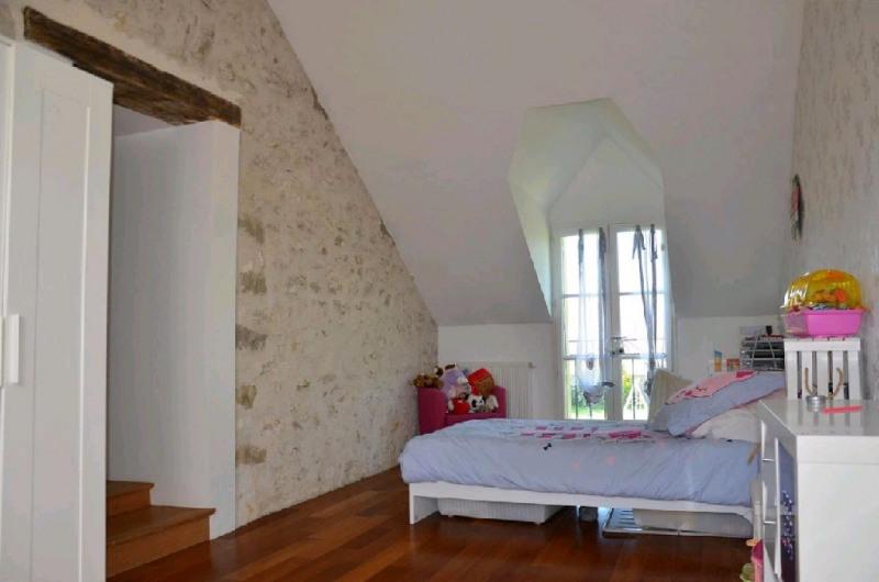 Sale house / villa Machault 426000€ - Picture 8