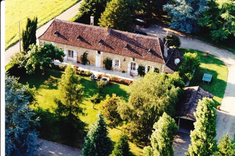 Sale house / villa Mouleydier 493500€ - Picture 1