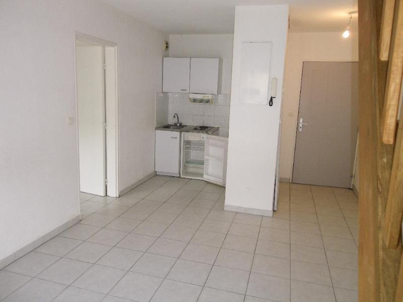 Location appartement Aix en provence 891€ CC - Photo 1