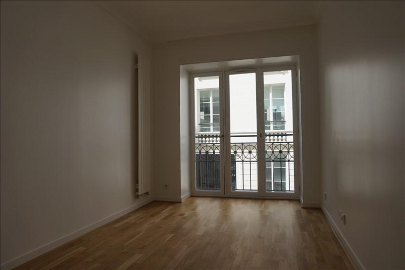 Rental apartment Paris 9ème 3430€ CC - Picture 4